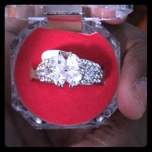 Jewelry - Diamond heart shape ring.